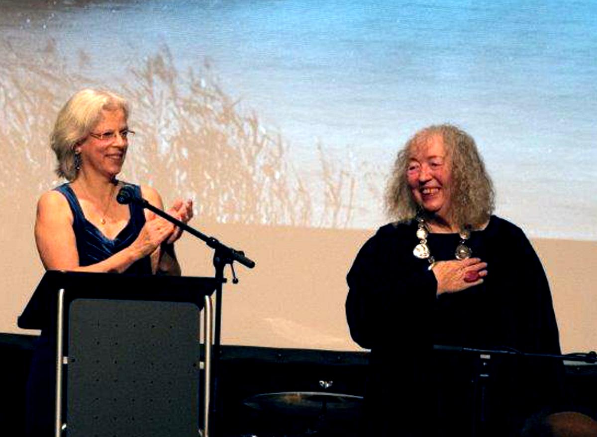 Sabine Mariss und Annelie Keil